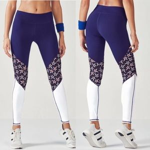 NWT Fabletics Patriotic Brogan Leggings sz M 6/8